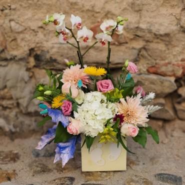 Aranjament cu orhidee pentru botez