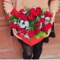 Aranjament 26 trandafiri in cutie inima