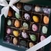 Easter Praline   Dacă vrei să te bucuri de culoare și de toate aromele delicioase pentru această primăvară, această cutie este e  + 80,00Lei